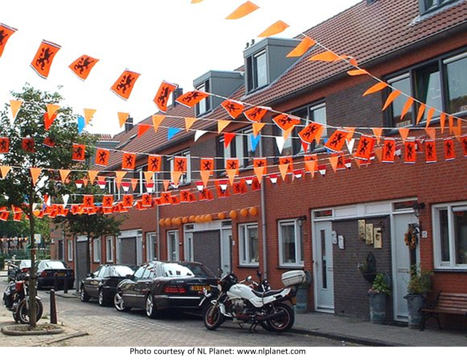 Street flags courtesy NL Planet